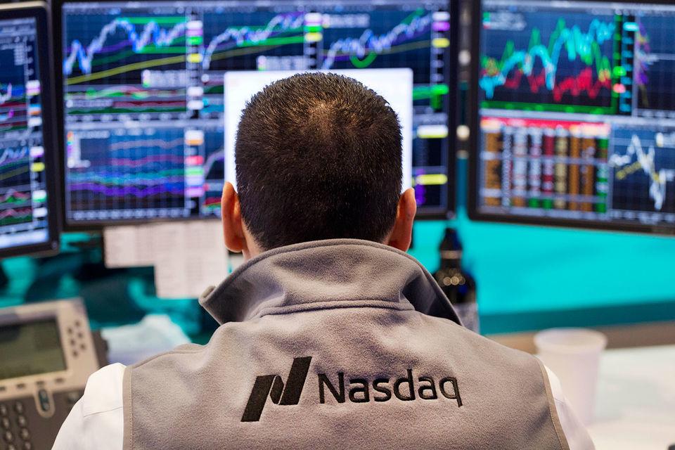 Из-за технического сбоя акции Apple, Amazon, Microsoft и Zynga, торгующиеся на NASDAQ, недолгое время стоили одинаково