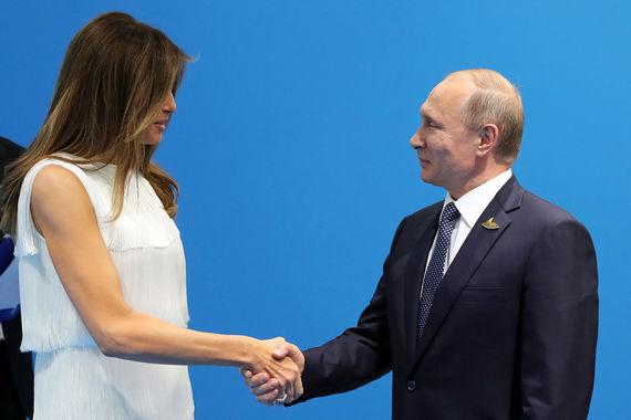 Владимир Путин и супруга президента США Меланья Трамп