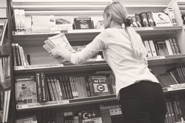 Библиотекари прячут в подсобках книги, купленные когда-то на деньги Фонда Сороса