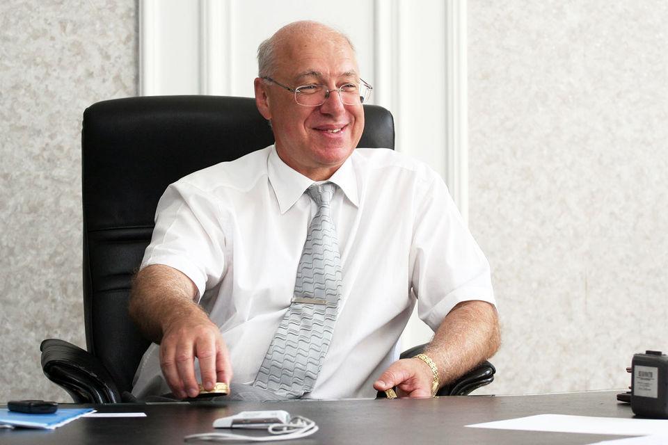 Гительсону принадлежала Восточно-Европейская финансовая корпорация (ВЕФК), в которую входили восемь банков