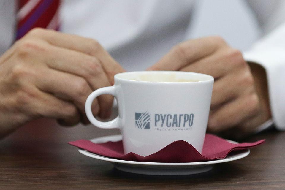 «Русагро» – один из крупнейших в России производителей сахара (3-е место с долей 14%), свинины (2-е место, 5%), масложировой продукции и зерновых