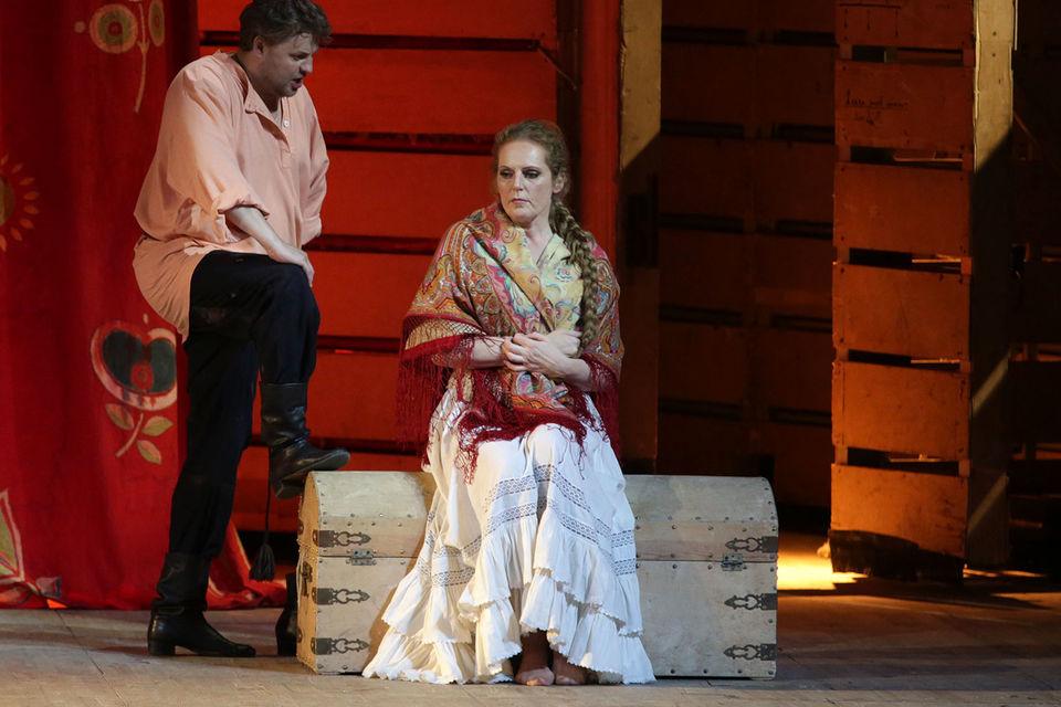 Эва-Мария Вестбрук в партии Катерины Измайловой вдохнула свежее звучание в старый спектакль