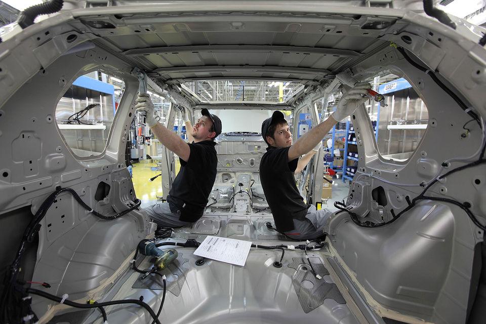 Штат петербургского завода Nissan может вырасти почти на 30%