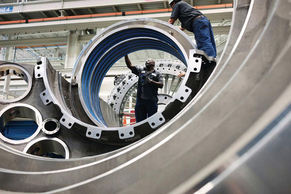 Немецкий концерн Siemens утверждает, что не знал о поставке газовых турбин в Крым