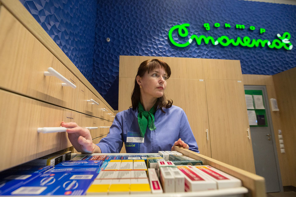 Сейчас владелец аптек «Доктор Столетов» входит в пятерку крупнейших игроков на рынке, сделка с «Ростой» позволит стать номером два