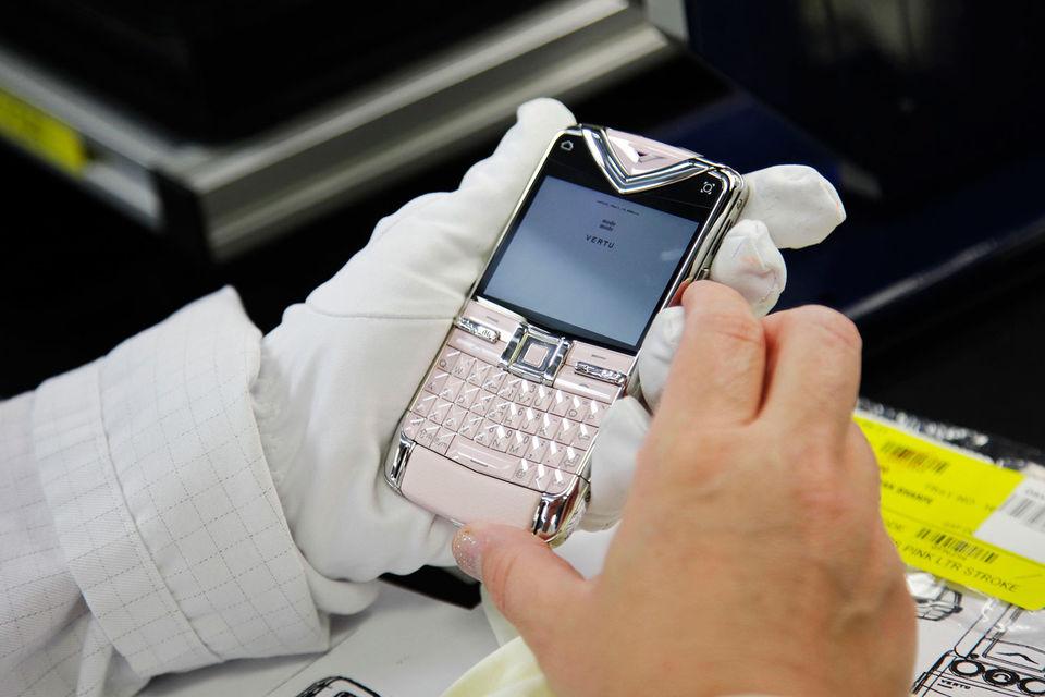 Производство luxury-смартфонов Vertu закрывается