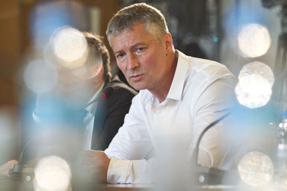 Мэр Екатеринбурга Евгений Ройзман не сможет стать кандидатом в свердловские губернаторы от «Яблока», признали партийцы