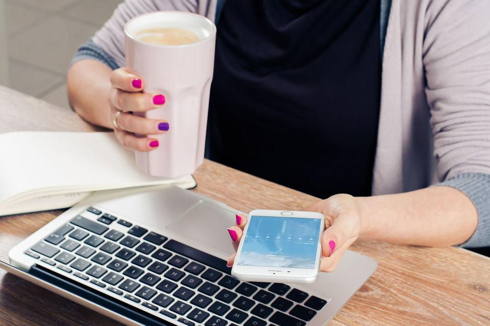 Женщины основали почти 40% частных компаний в США, при этом им досталось всего 3% венчурного капитала, свидетельствуют данные фирмы PitchBook Data