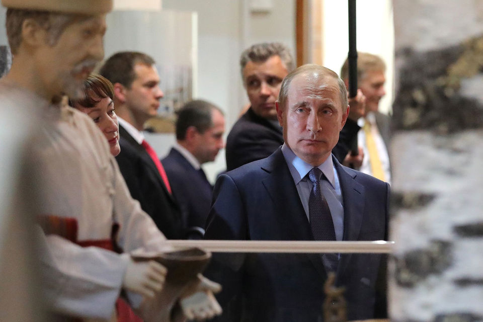 Путин согласился легализовать людей, переехавших в Россию после 2002 года, но до сих пор не имеющих российского гражданства