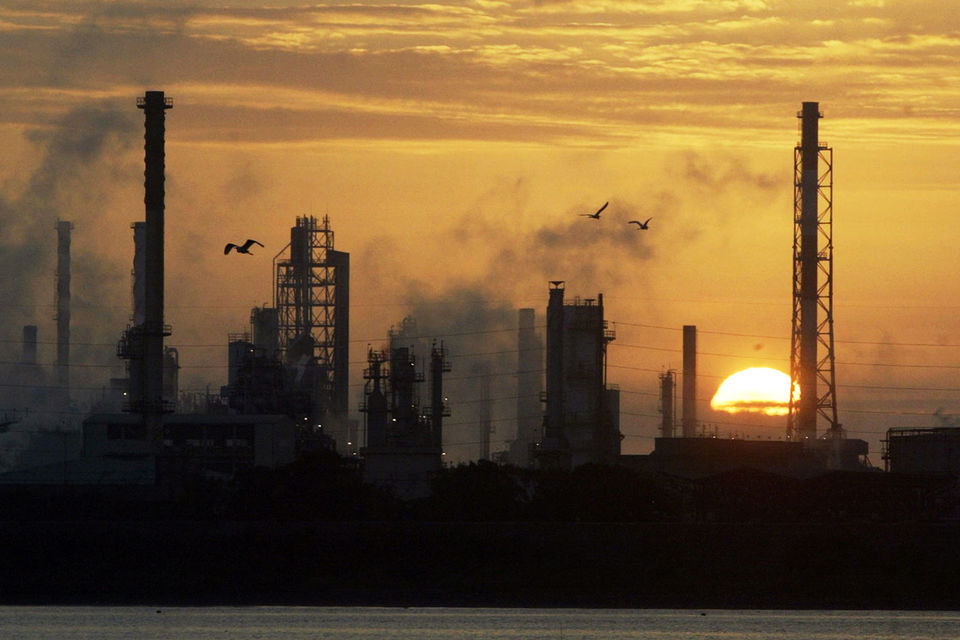 Бюджет теряет деньги из-за субсидии, обеспечивающей рентабельность не очень эффективной российской нефтепереработки