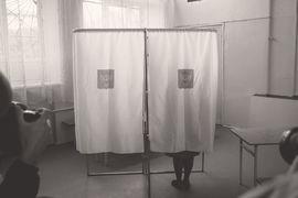 Невозможность самостоятельного преодоления фильтра внесистемным кандидатом показала кампания по выборам мэра Москвы в 2013 г.