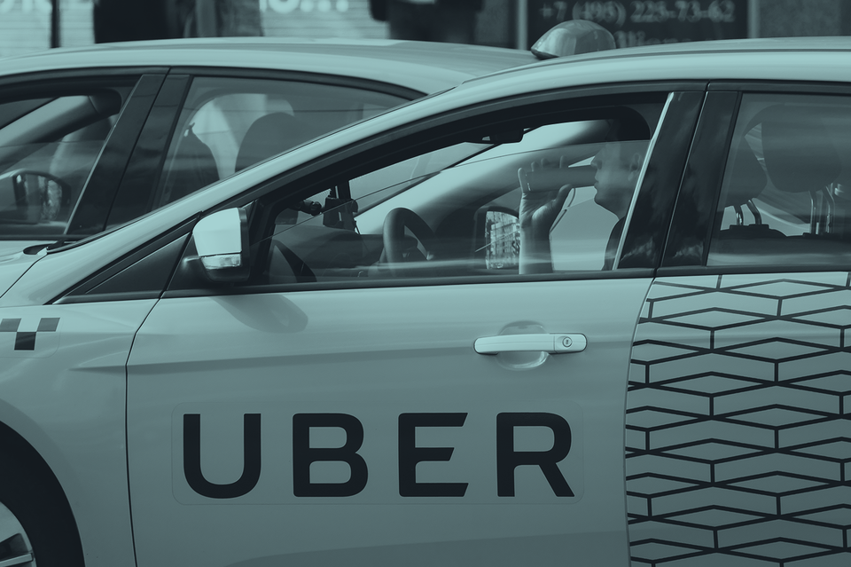 Ничто теперь не мешает объединенному «Яндекс.Такси» – Uber начать постепенно и мягко приучать клиента самому оплачивать реальную стоимость услуг такси