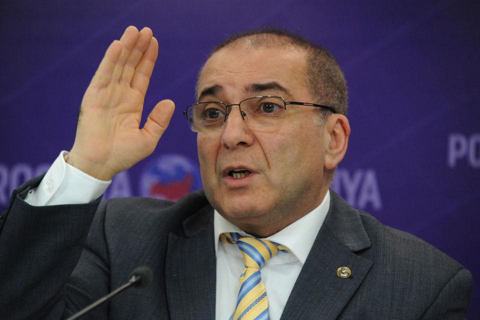 Публичных претензий лично к нему ни разу предъявлено не было, сказал Тосунян в эфире радиостанции «Эхо Москвы»