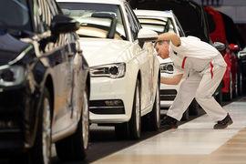 Cкандал с занижением показателей выбросов дизельных моторов продолжает расползаться на весь немецкий автопром
