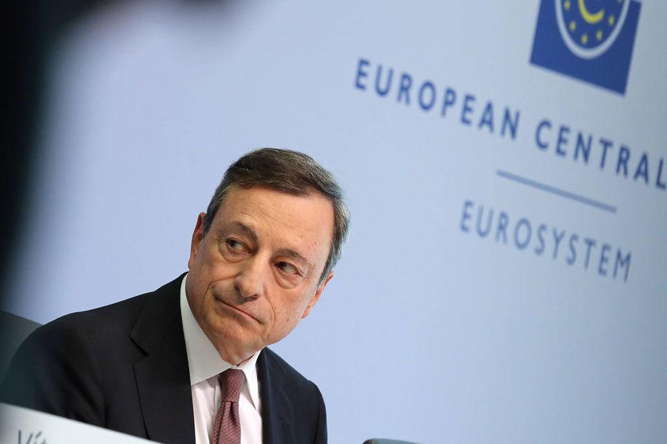 Процентные ставки в еврозоне останутся на текущем уровне и после завершения программы, пообещал Драги