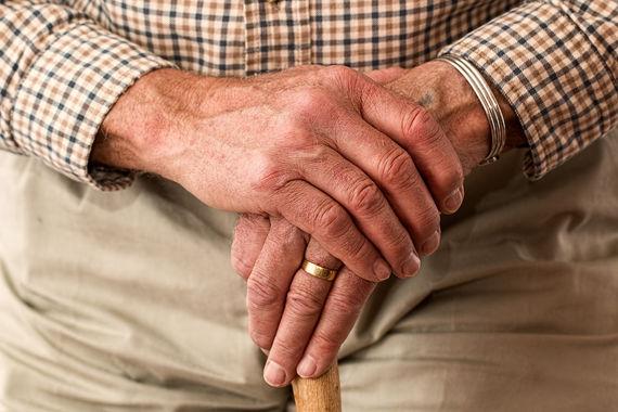 Сегодня в мире рекордное количество людей в возрасте от 65 лет – 600 млн. По прогнозу Всемирного банка, к 2050 г. их будет 2,1 млрд и пенсионное обеспечение станет одним из самых острых социальных вопросов в ближайшие 30 лет