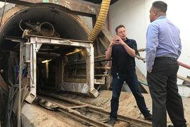 Hyperloop – лишь одно из нескольких амбициозных начинаний Маска наряду с производством электромобилей Tesla и аэрокосмической компанией SpaceX