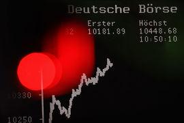 Европа вновь полюбила акции