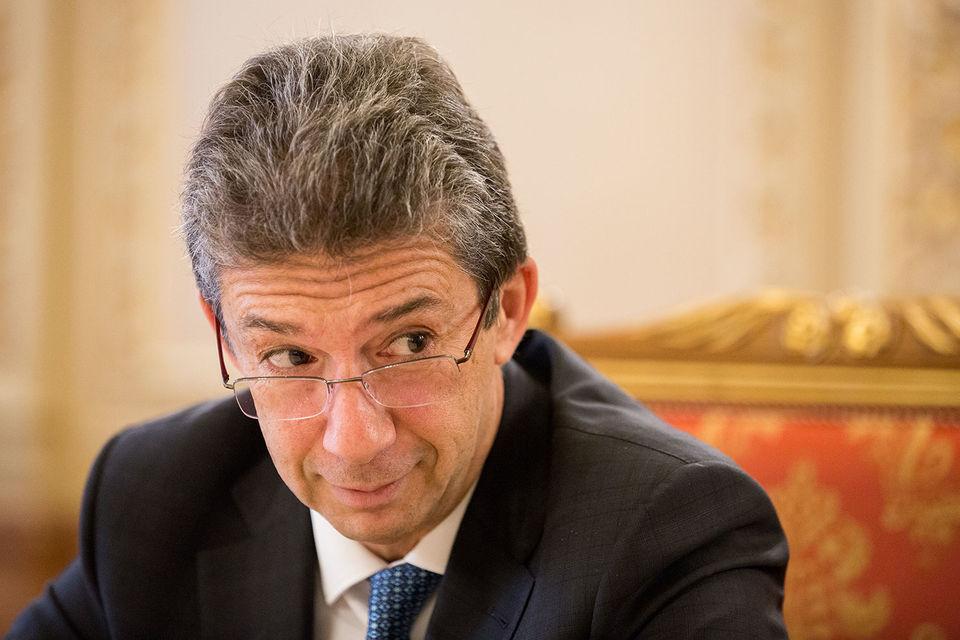 Андре Каландзопулос, главный исполнительный директор Philip Morris