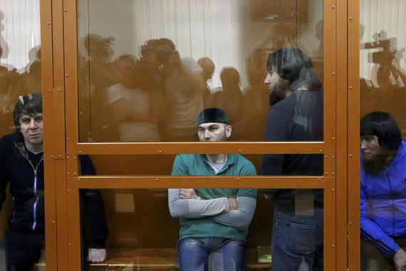 Осужденные за убийство Немцова потеряли 13000 евро из-за адвоката