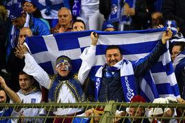 Доходность новых греческих бумаг составила 4,625% благодаря высокому спросу, пишет The Wall Street Journal (WSJ)