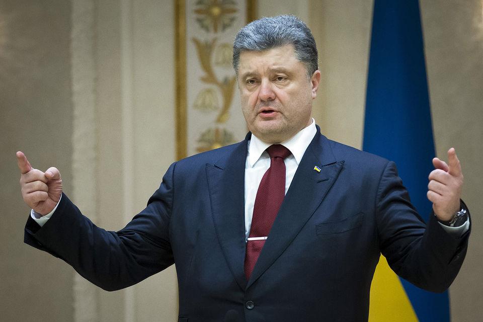 Порошенко приветствовал санкции против России за турбины Siemens