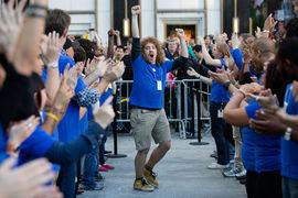 Появление сразу трех новых заводов у Apple стало бы беспрецедентным событием в истории этой компании