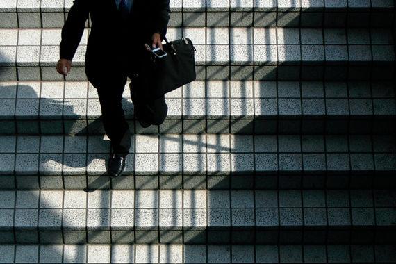 Злостным нарушителям запретят работать в банках до конца жизни