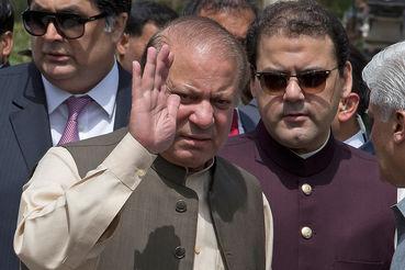 Верховный суд Пакистана счел премьер-министра Наваза Шарифа нечестным политиком