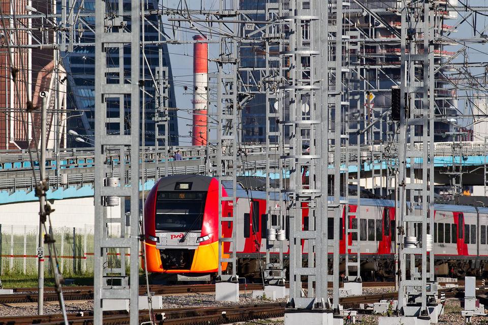Смена курирующего РЖД замминистра может дать новый импульс реформированию железнодорожного транспорта, которое застопорилось, считает Михаил Бурмистров