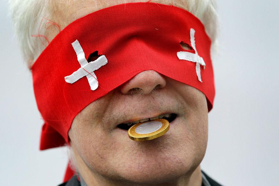 Некоторые политики предлагают забрать часть резервов ЦБ в суверенный фонд, чтобы он инвестировал в самой Швейцарии