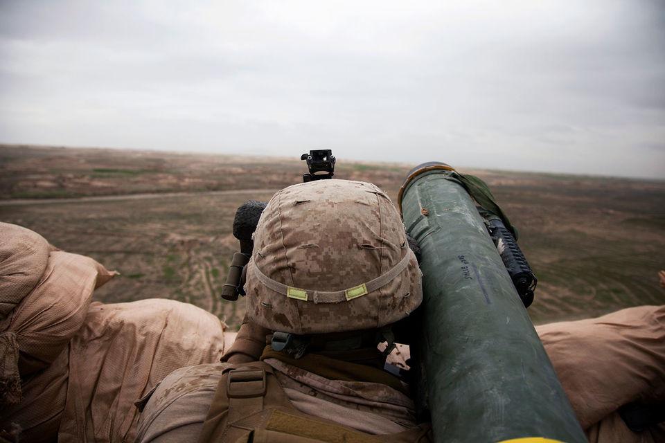 Украина давно стремилась получить комплексы Javelin, чтобы противостоять бронетехнике российского производства в зоне конфликта