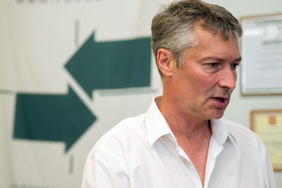 Это доказывает, что кандидат от «Яблока» на самом деле не собирался идти на выборы, настаивает Николай  Булаев