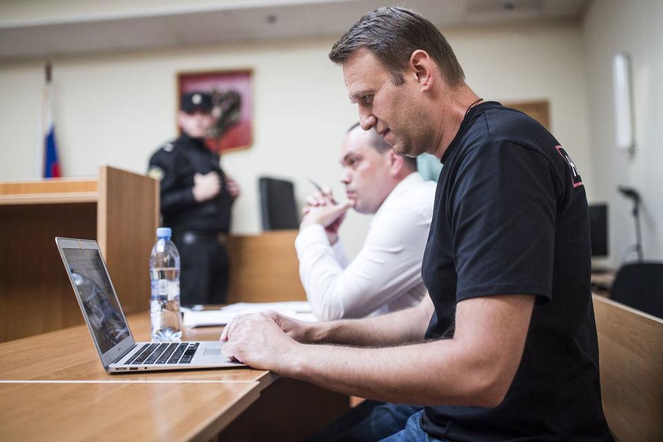 Повторное нарушение правил агитации стоило Навальному и его соратниками 850 000 руб. на троих