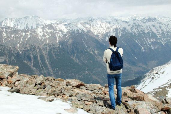 Дольше всего туристы отдыхают в Кавказских минеральных водах: здесь проводят по 12-13 ночей. Именно столько длится стандартная санаторная путевка, объясняют в АТОР