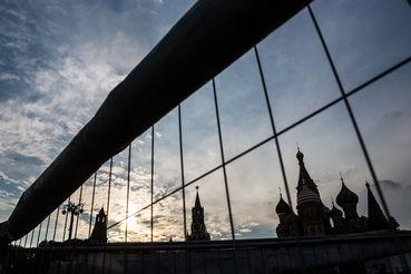 России короче пока что тяжелее манить прямые иностранные инвестиции, пишет Moody's, равно труд невыгодный в деньгах, а в сложных технологиях да экспертизе, которую могут представить западные инвесторы