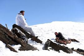 Равнодушные горы оказались подходящей декорацией для нешуточной драмы