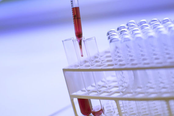На четвертом месте — Shanghai Raas Blood Products, занимающаяся разработкой лекарственных средств. Входной порог для попадания в рейтинг описывается двумя условиями:  7-летняя публичная финансовая история и капитализация от $10 млрд