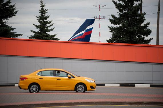 HSBC: такси для россиян выгоднее личного автомобиля