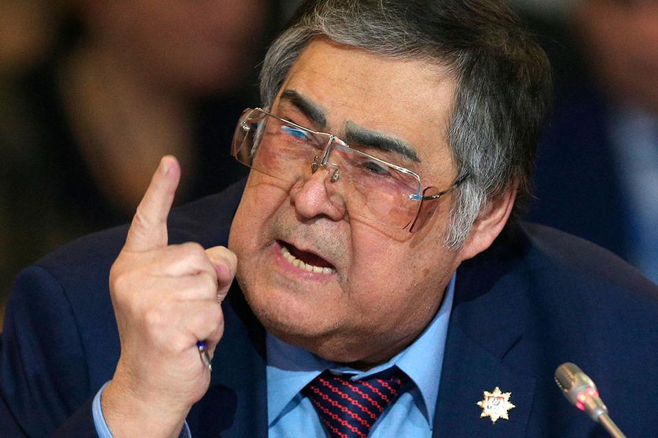 «Аман Тулеев вернулся из Москвы, чувствует себя хорошо», - говорится в сообщении пресс-службы областной администрации