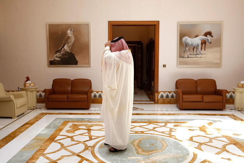 В июле целый ряд арабских стран разорвали дипломатические отношения с Катаром, обвинив его в поддержке терроризма и вмешательстве в дела других государств Персидского залива