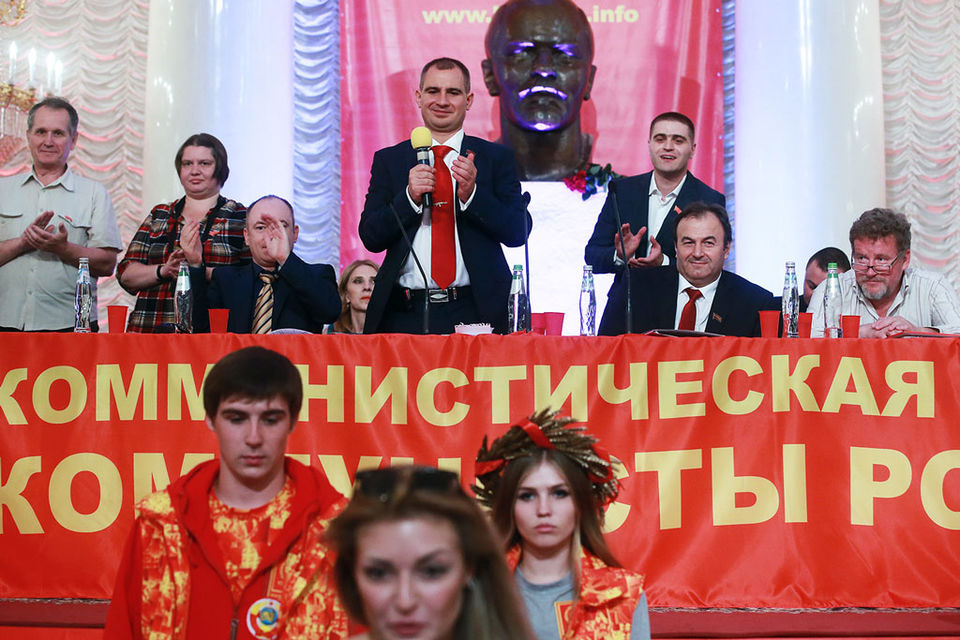 Северной Осетии. Суд посчитал поддельными подписи кандидатов партии, в том числе и ее лидера Максима Сурайкина