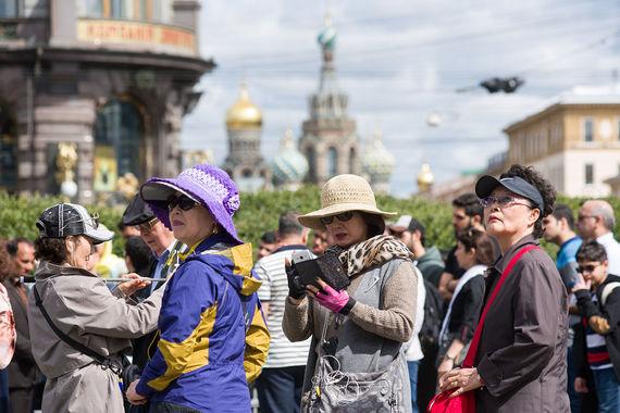 В первом полугодии Петербург посетили почти 2 млн иностранных туристов