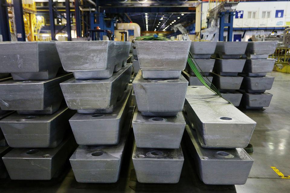 Рынку не хватает металла, единодушны эксперты