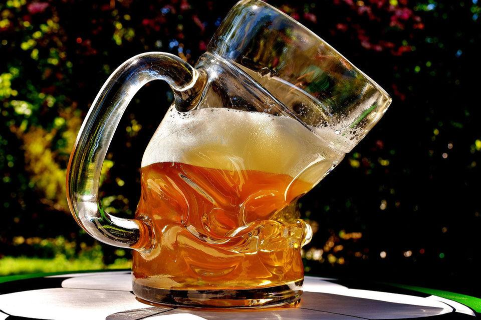 Датская Carlsberg снизила продажи пива из-за ужесточения законодательства в России