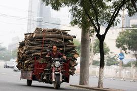 Китайское правительство хочет удвоить размер экономики страны в 2010–2020 гг. и ради этого готово мириться с ростом закредитованности
