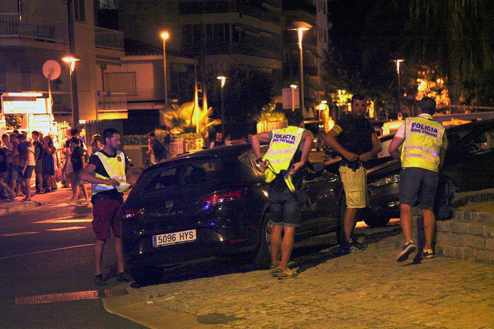 Полиция Каталонии сообщила, что связывает теракты в Барселоне и Камбрильсе