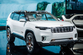 Специально для китайского рынка Jeep разработал семиместный кроссовер Yuntu