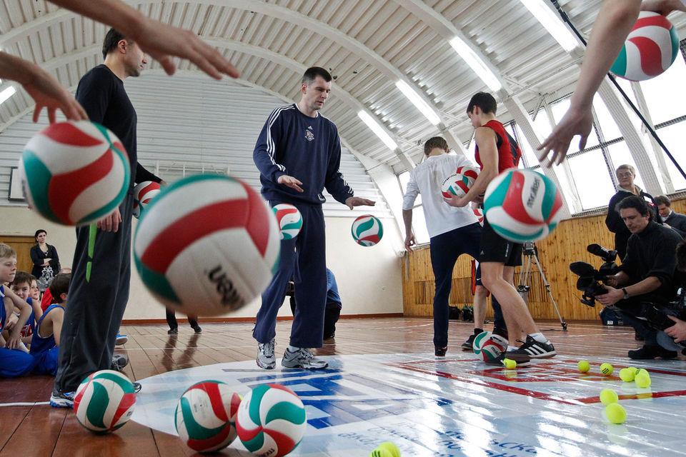 После раздела активов с Владимиром Потаниным Михаил Прохоров лишился баскетбольного ЦСКА, но купил нью-йоркский Brooklyn Nets
