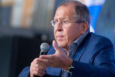 Лавров считает, что увязка сокращения дипмиссии США с трудностями в выдаче виз является свидетельством неуважения Вашингтона к собственной дипломатической службе
